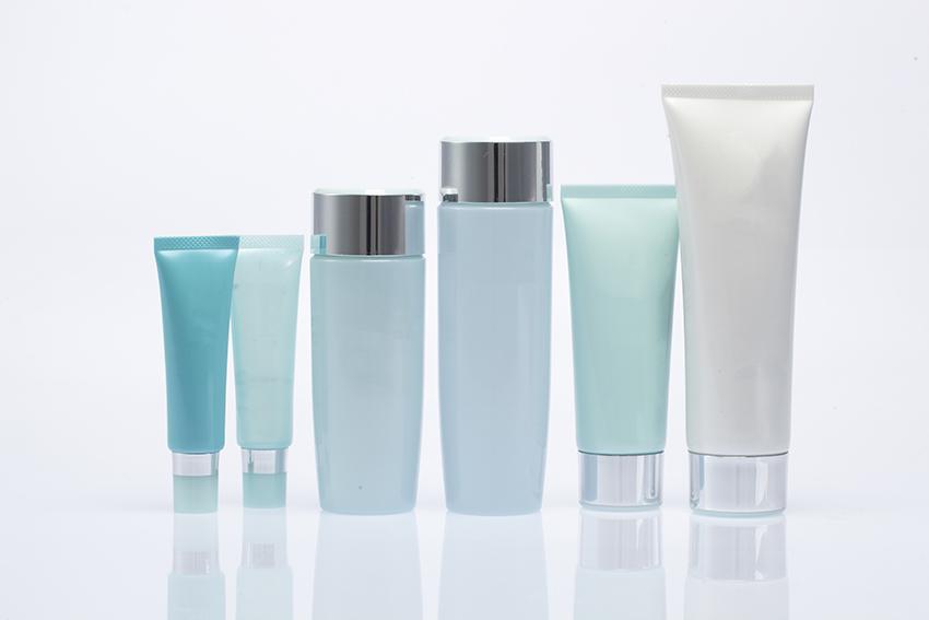 化粧品をラインナップで開発するメリット・デメリット