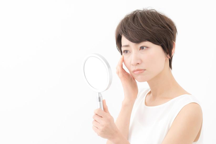【アンケート】「年を重ねた」と感じてしまう顔の部位の変化は?